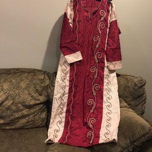 Dresses & Skirts - Beautiful abaya